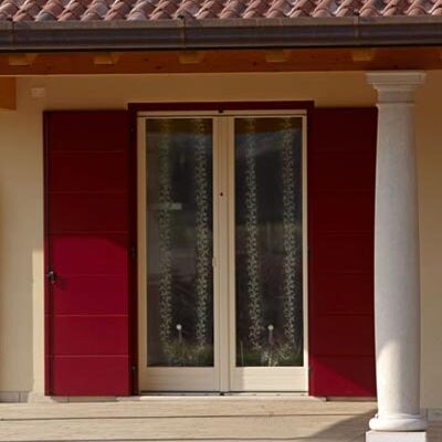 falegnameria-tarletti-facciata-anta-rossa